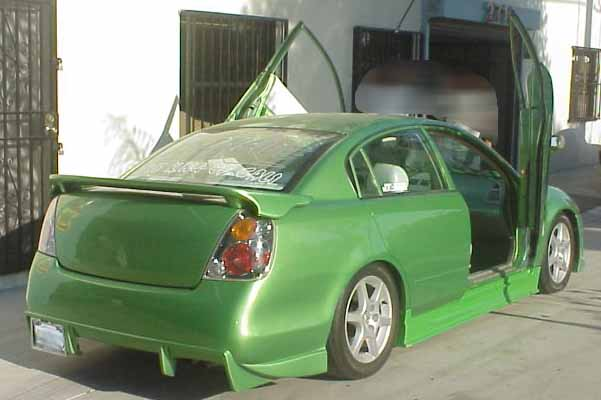 02-06 Altima Bolt-on Lambo Door Kit