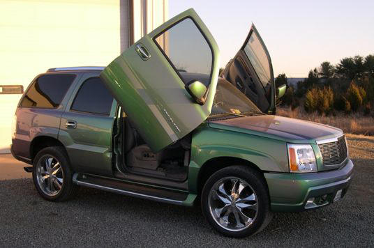 02-06 Escalade EXT ESV Bolt-on Lambo Door Kit